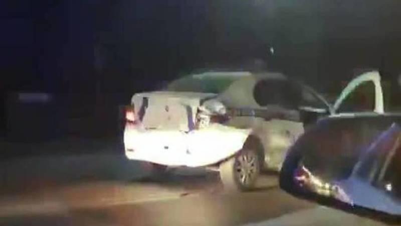«Крузак» врезался в патрульную машину. Два человека пострадали
