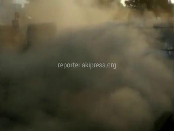 Бишкекчанин жалуется на дорожные работы на Чуй-7 апреля (видео)