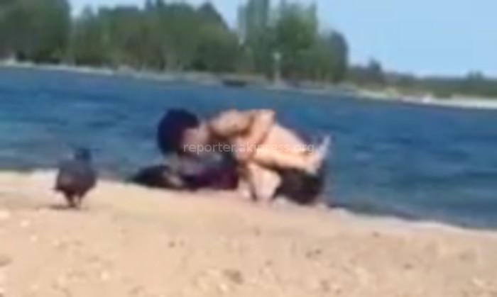 Секс на пляже казнь