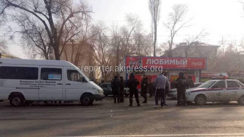 В Ленинском грузовик насмерть сбил девочку возле школы, - очевидец (фото)