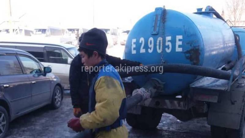 Мэрия просит УОБДД помочь в поисках ассенизаторской машины, слившей нечистоты на автовокзале