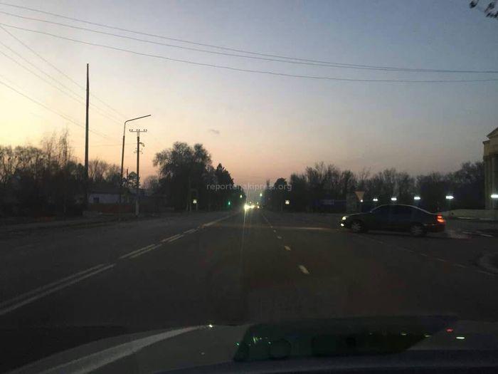 Центральная улица в Таласе не освещается ночью, - читатель (фото)