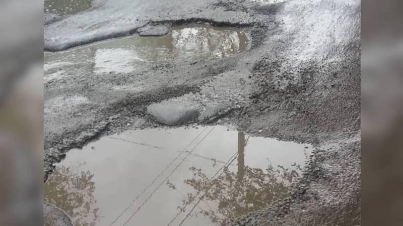 На ул.Буденного возле школы №51 невозможно ходить (фото)