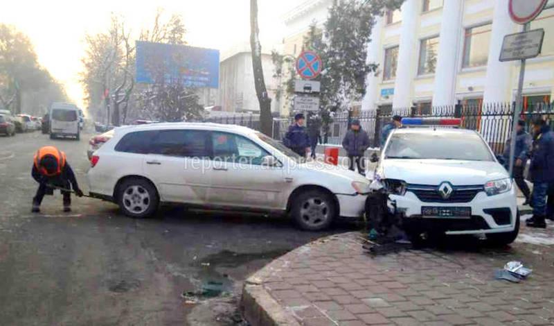 В ДТП на Чуй-Манаса пострадали два сотрудника ГУГССО, - ГУОБДД