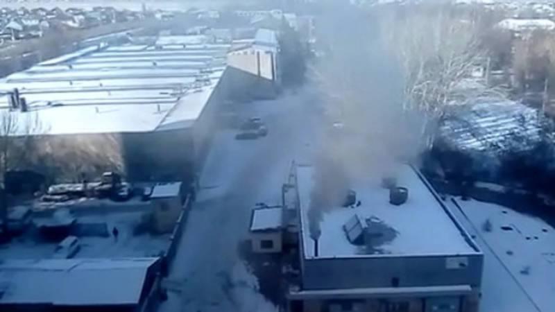 Бишкекчанин просит проверить, чем топят здание на ул.Анкара