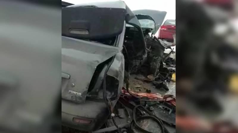 Появилось видео с места ДТП в Казахстане, в котором погибли кыргызстанцы