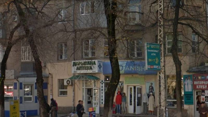 Бишкекчанин Азамат купил 3 ампулы «Клексана» за 5250 сомов. Фото