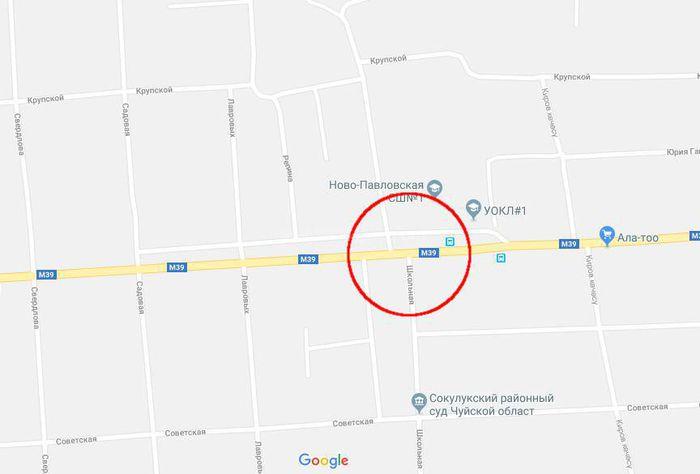 В Новопавловке под знаком «Свалка запрещена» образовалась куча мусора, - читатель Нурлан <i>(видео)</i>