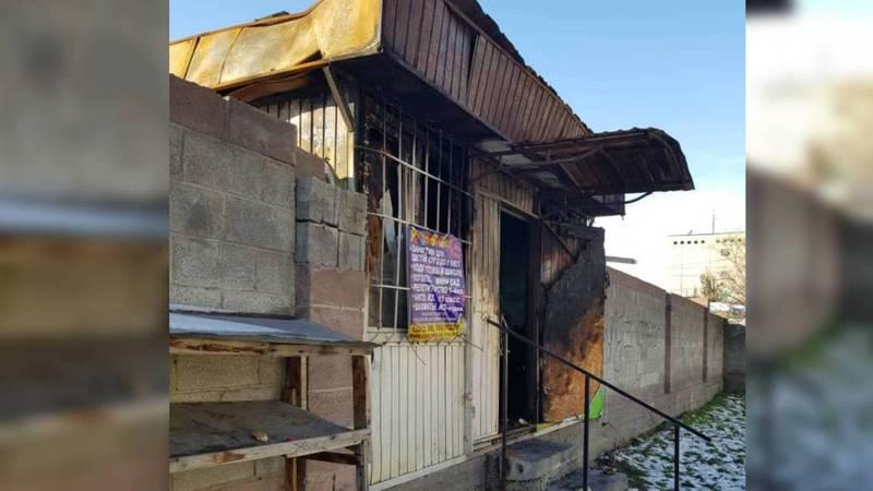 На улице Саманчина заброшенный павильон превратился в общественный туалет, - горожанин (фото)