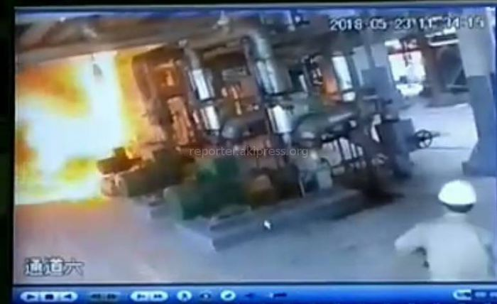 Видео — Пожар на нефтеперерабатывающем заводе «Джунда» в Кара-Балте