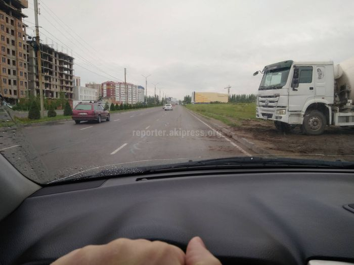 Мэрия Бишкека о строительных машинах, пачкающих новые дороги: Проведена беседа со строительными организациями