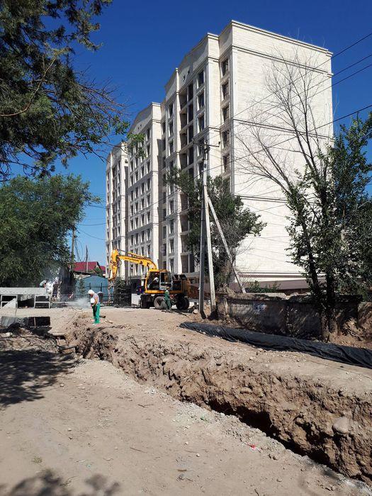 Дорогу на ул.Ажибек Баатыра перекопали и теперь ни пройти, ни проехать, - житель (фото)