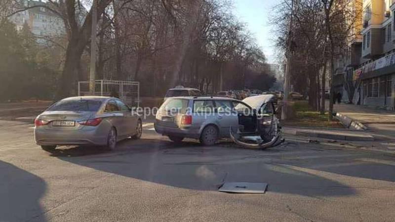 На Исанова-Рыскулова произошло ДТП (фото, видео)