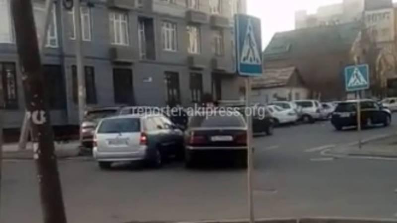 Видео – В Бишкеке на Уметалиева-Рыскулова произошло ДТП