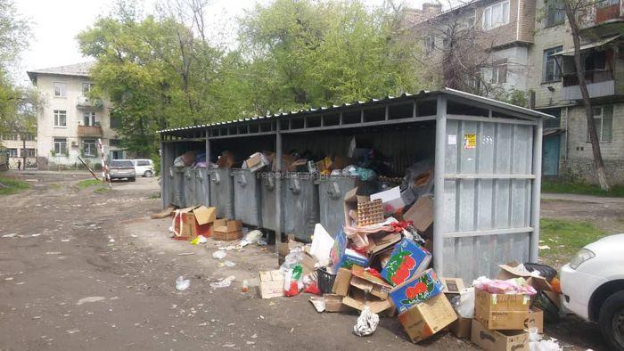Вопрос переноса контейнерной площадки на пр.Айтматова будет рассмотрен комиссионно, - мэрия Бишкека