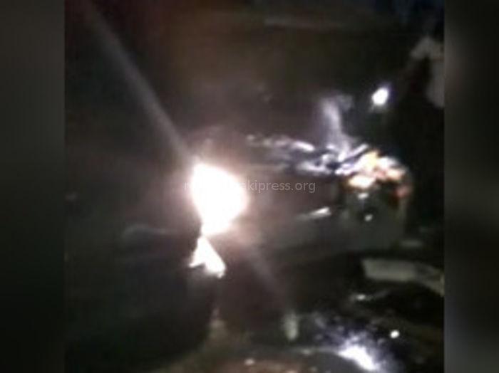На окраине Бишкека «Мерседес» врезался в «Лексус RX 300» и «Тойоту Ист» <i>(видео)</i>