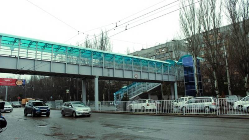 Почему лифт надземного перехода на улице 7 апреля недоступен вечером? - горожанин
