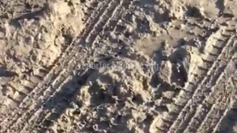 По некоторым дорогам в Канте из-за грязи невозможно ходить, - житель (фото, видео)