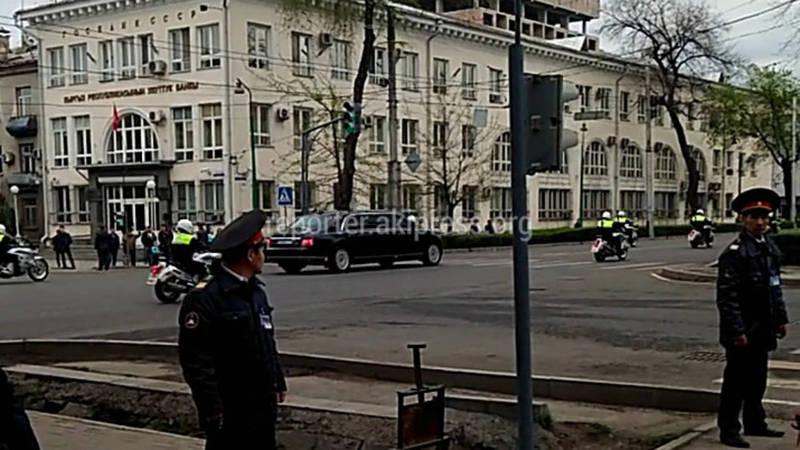 Кортеж Путина на проспекте Чуй (видео)