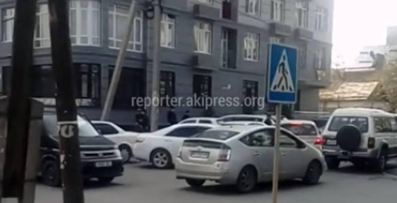 Десятки ДТП за последние недели. Перекресток Уметалиева-Рыскулова претендует на звание самого опасного участка в Бишкеке (видео)