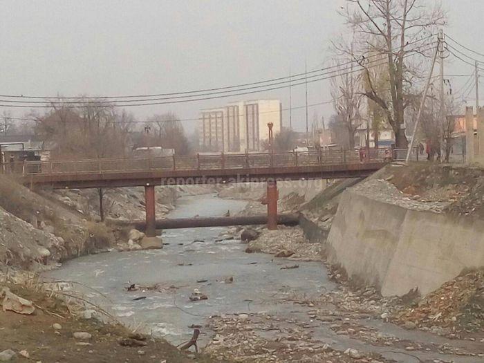 Покрасят ли ржавый мост на Осмонкула-Фрунзе в Бишкеке? - горожанин
