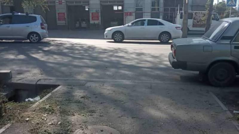 На Чуй - Лермонтова отсутствует пешеходный переход (фото)