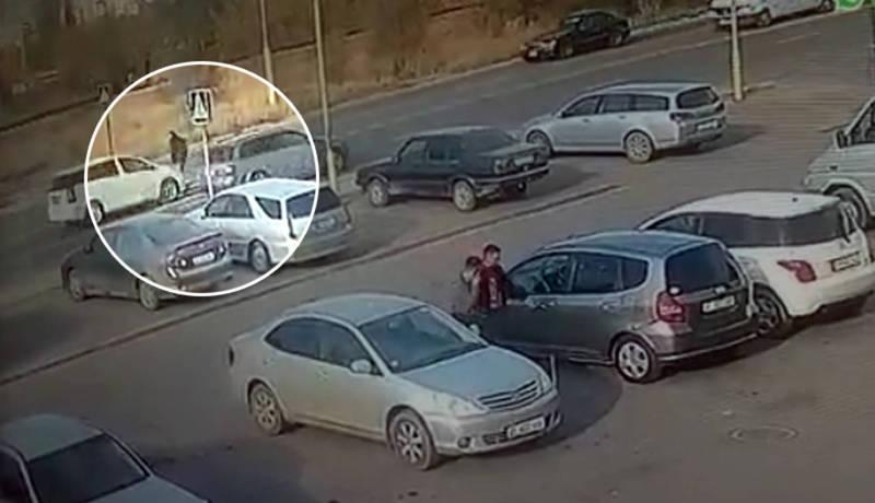 Момент автонаезда на пешехода попал на видео