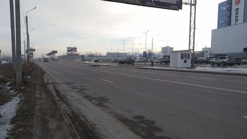 На ул.Л.Толстого есть дорожная разметка без знака «пешеходный переход». Фото