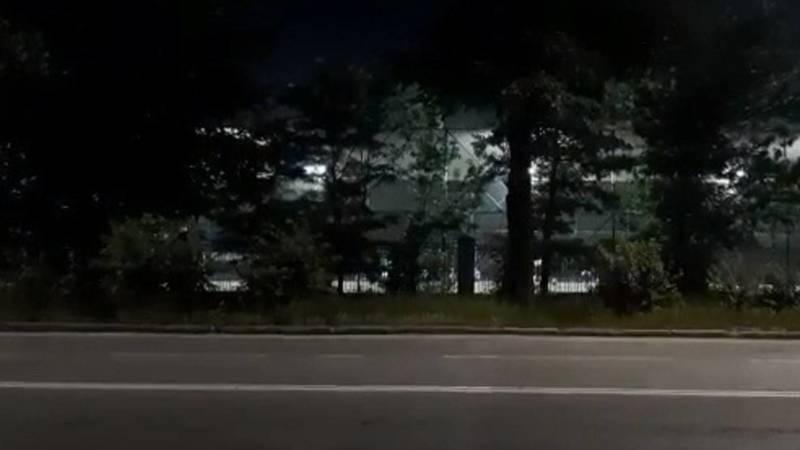 Разрешили ли мини-футбольным полям в Бишкеке работать? - горожанин. Видео