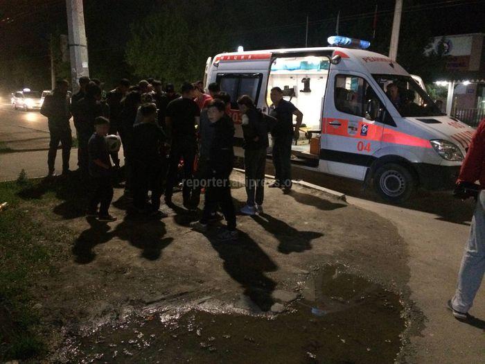 На ул.Анкара в Бишкеке сбили девушку. Пострадавшая жива <i>(фото)</i>
