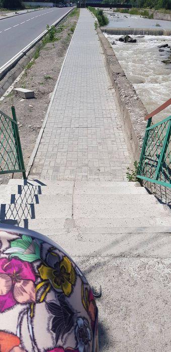 «Бишкекасфальтсервис»: Пандусы на лестничных ступенях мостов по ул.Малдыбаева будут установлены в течение 10 дней