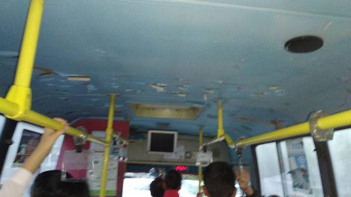 Состояние автобуса №8 шокирует: Недостаток будет устранен, - мэрия Бишкека
