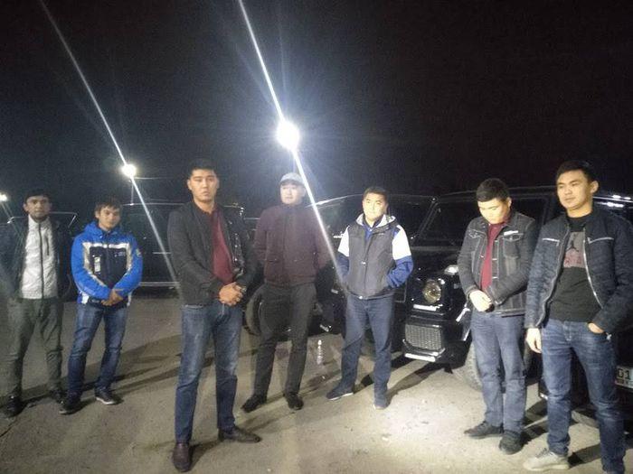 «Молодые еще. Больше не повторится»: Задержаны водители «Гелендвагенов», образовавших затор <i>(фото, видео)</i>