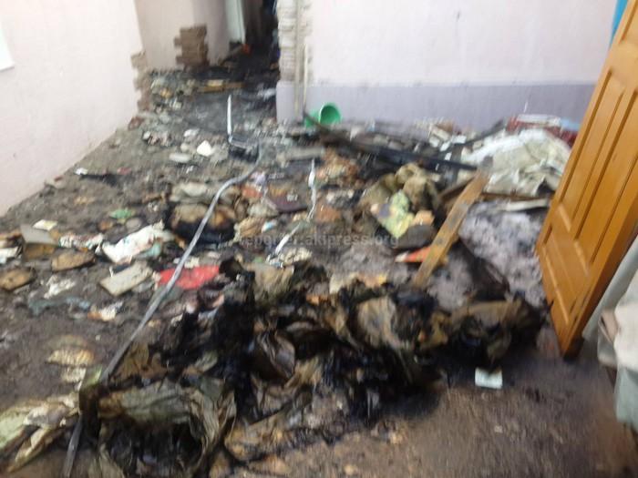 Читатель просит помочь семье, у которой сгорел дом в с.Лебединовка <i>(фото, видео)</i>