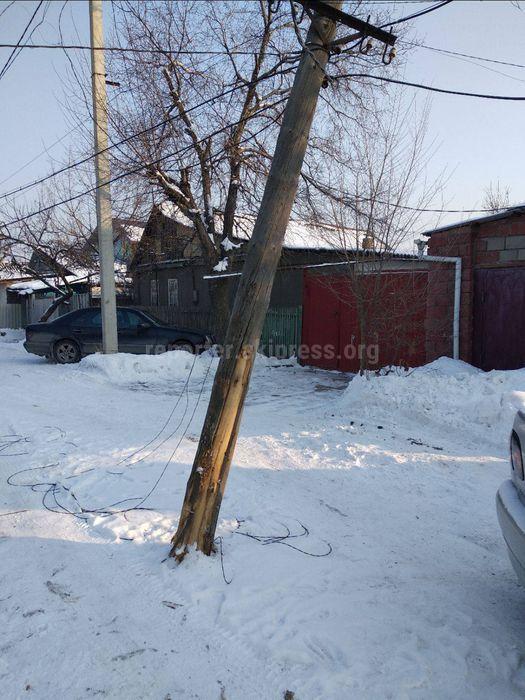 Накренившийся столб на ул.Фруктовой заменен, - мэрия Бишкека