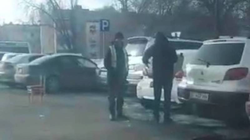 Мэрия: На улицах П.Лумумбы и Садыгалиева законная платная парковка