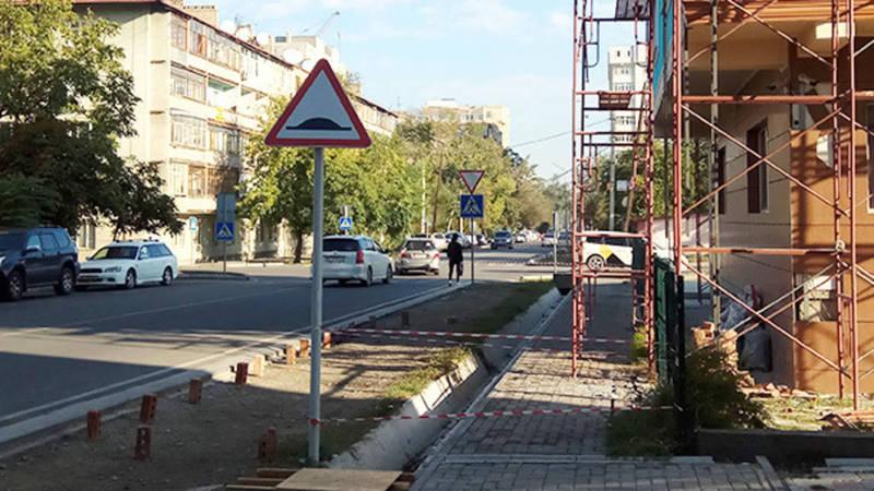 На ул.Рыскулова партия «Ата Мекен» с нарушениями проводит ремонт своего офиса, - горожанин (фото)