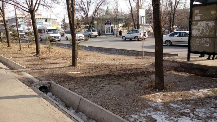 «Бишкекасфальтсервис» сделает тротуар на Жукеева-Пудовкина—Суеркулова с наступлением благоприятных погодных условий