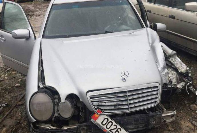 На окраине Бишкека замакима Московского района М.Карагулов попал в аварию <b><i>(фото, видео)</i></b>