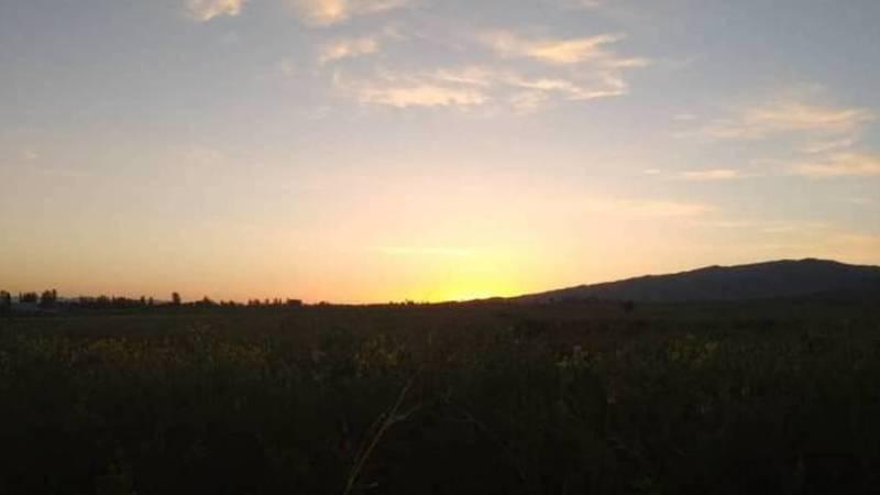 Красивый рассвет на Иссык-Куле. Фото и видео