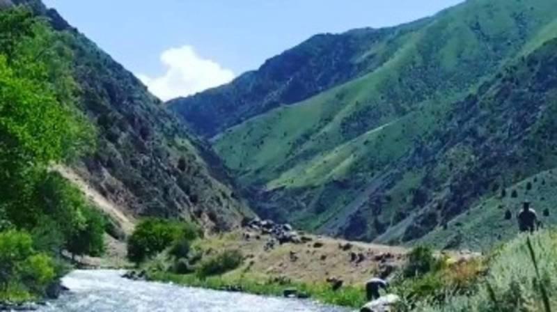 Невероятная красота перевала Төө-Ашуу. Видео