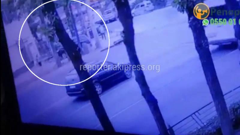 Момент наезда на пешехода попал на видео