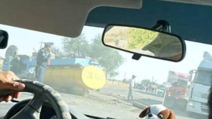 В селе Эфиронос молоковоз перевернулся после столкновения с «Жигули»