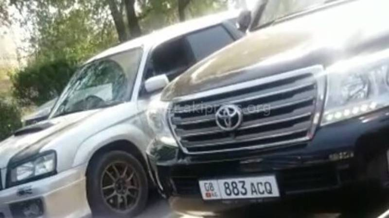 Водитель «Тойоты», ехавший по встречной полосе, материл других водителей (видео)