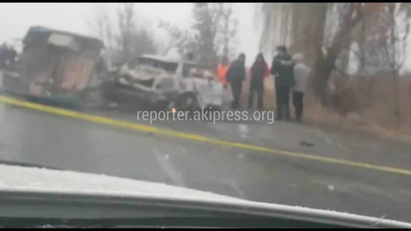На участке объездной дороги произошло страшное ДТП. Погибли 3 человека (видео)