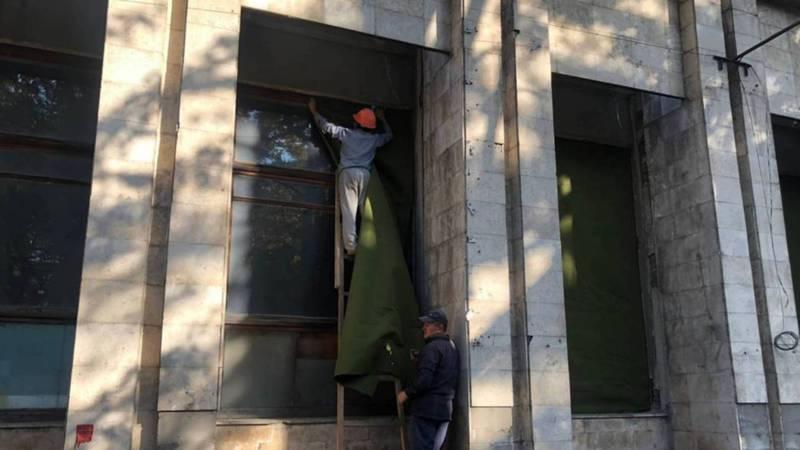 Бишкекчане о сносе здания типографии «Эркин-Тоо»: Что будет вместо типографии?