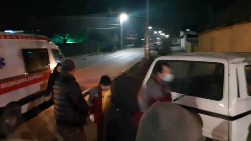 На Жибек Жолу-Коммунарова произошло ДТП. Есть пострадавший (фото)