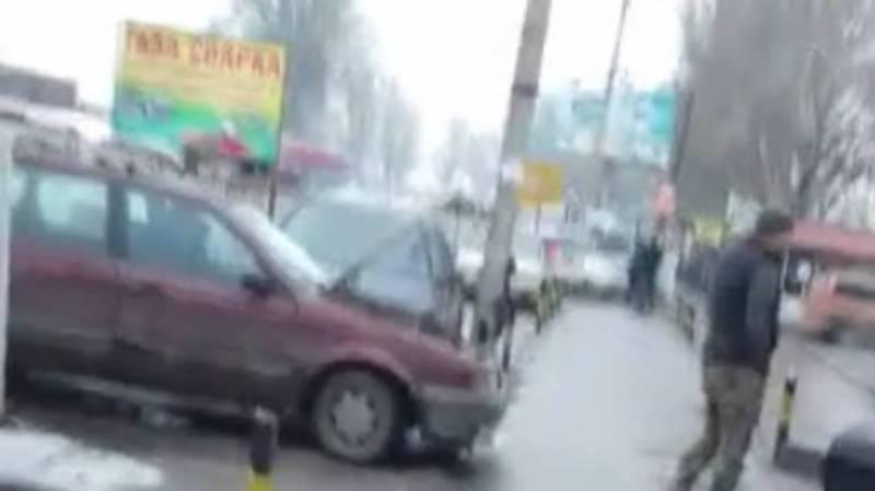 Житель просит навести порядок на ул.П.Лумумбы в Бишкеке
