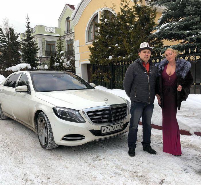 Фото — Новый водитель Анастасии Волочковой кыргыз?