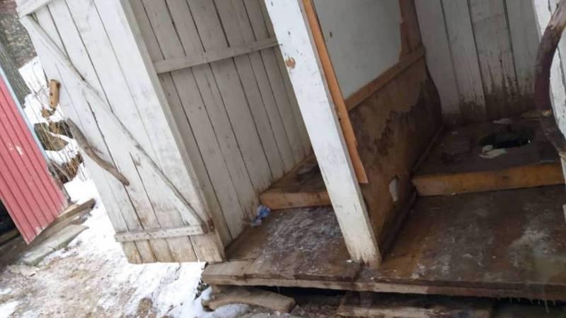 Турист жалуется на туалеты на горнолыжной базе «Каракол». Фото